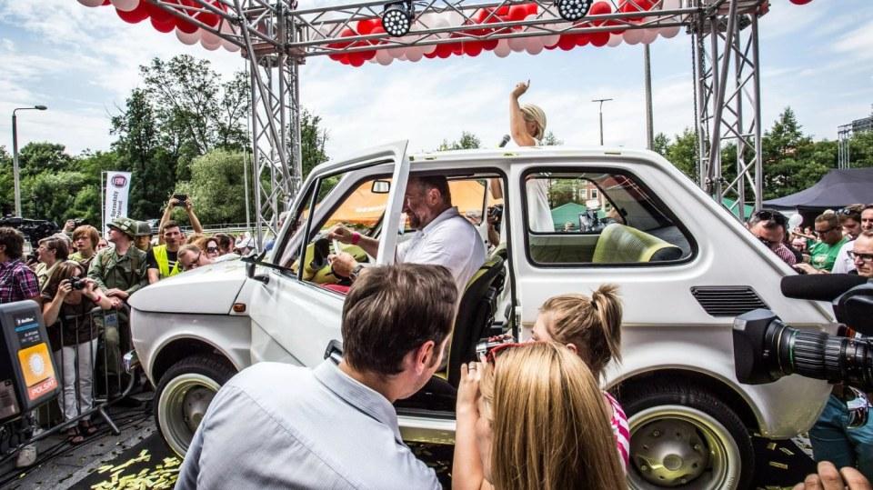 Polski Fiat 126p pro Toma Hankse 12