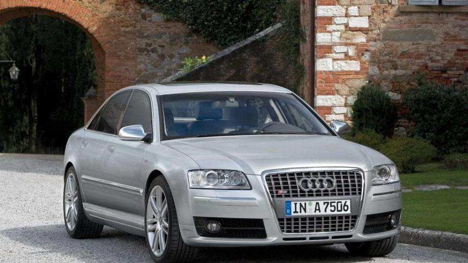 Audi S8 druhé generace 1