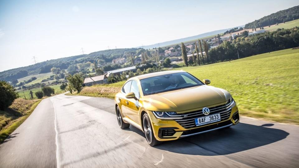 Volkswagen Arteon R-Line 2.0 TSI jízda 14
