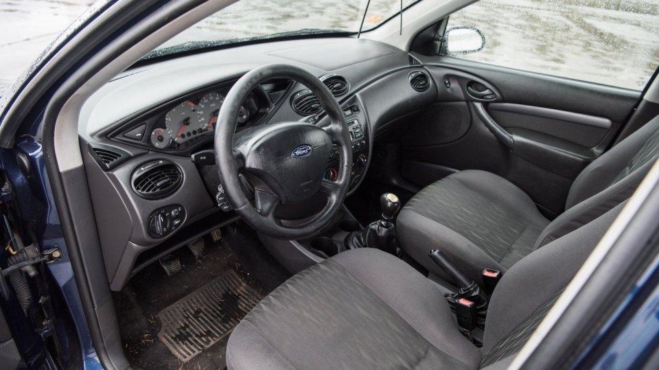 Ford Focus Combi 1.8 TDCI interiér 6