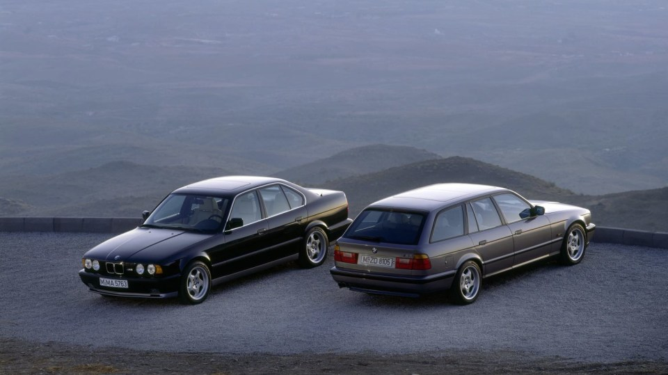 BMW M5: Na IAA 1991 mělo premiéru BMW E34 M5 jako sedan i kombi