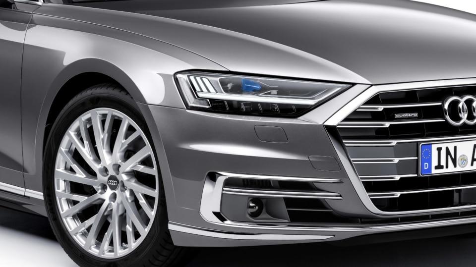 Nové Audi A8 v prodloužené luxusní verzi L. 8