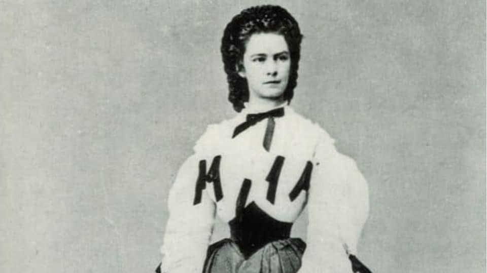 Alžběta Bavorská, řečená Sissi, byla nošením korzetu pověstná