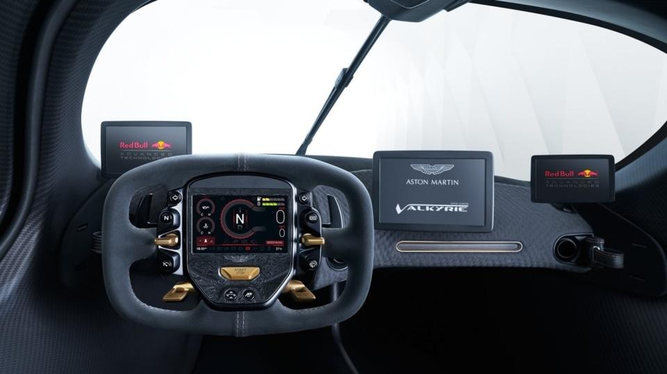 Aston Martin Valkyrie 15