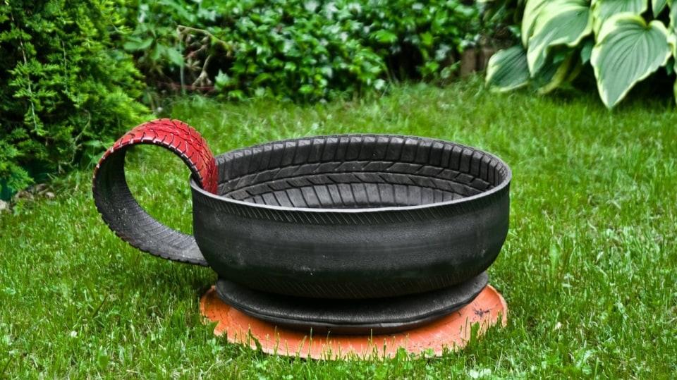Staré pneumatiky k pobavení dětí i dospělých 2