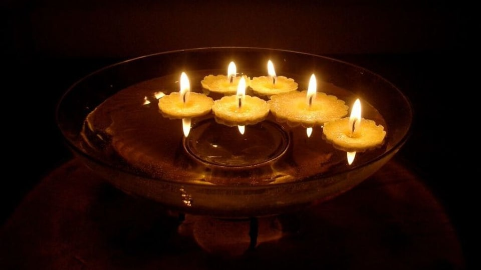 Plovoucí svíčky aneb Jak vytvořit dekoraci pro letní večery 1