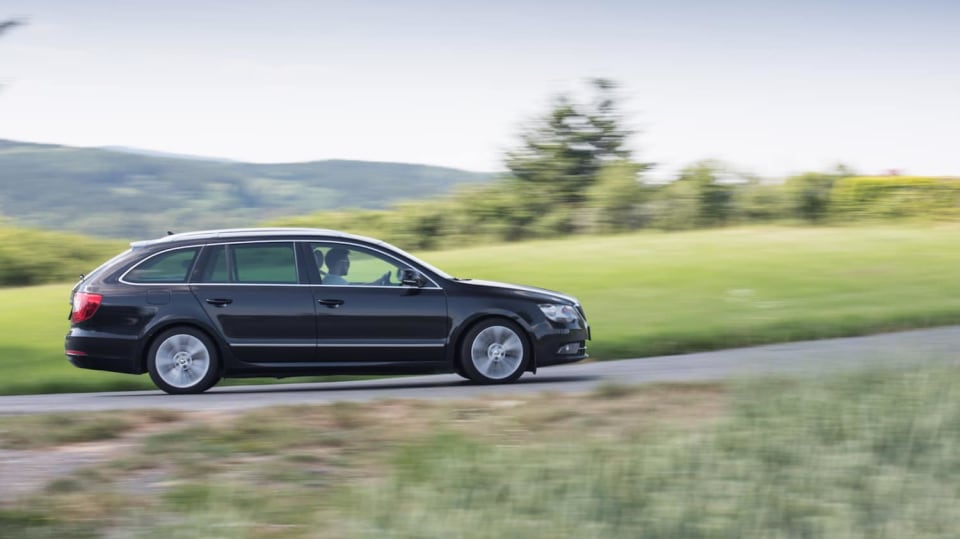 Škoda Superb Combi 2014 22