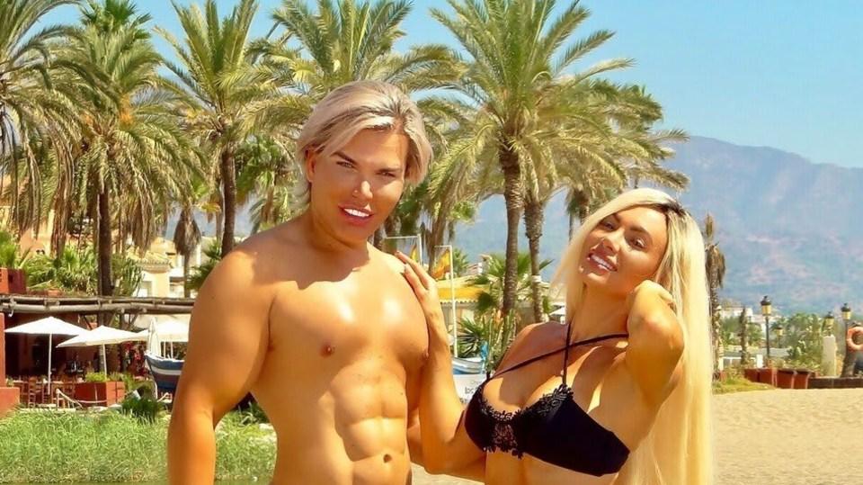 Živý Ken Rodrigo Alves s Danni Levy