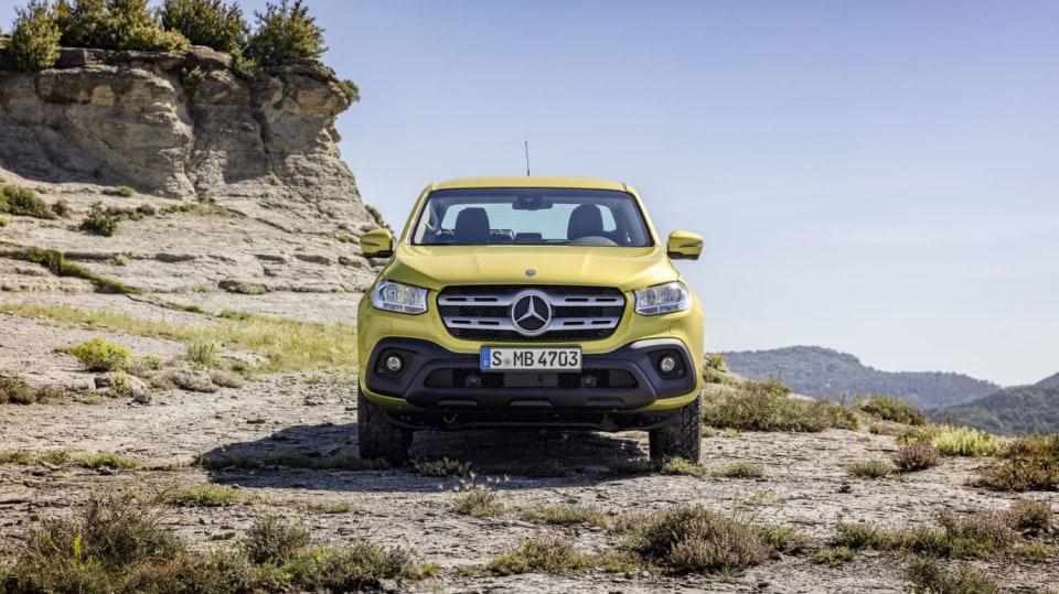 Mercedes třídy X yellow 7