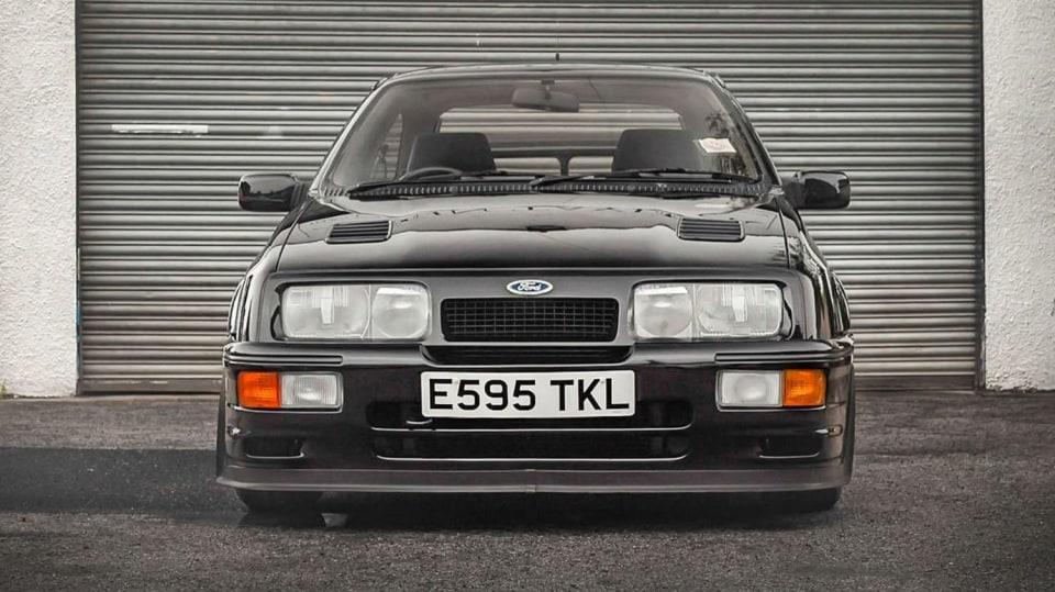 Ford Sierra RS500 Cosworth je vyhledávaná rarita. 16