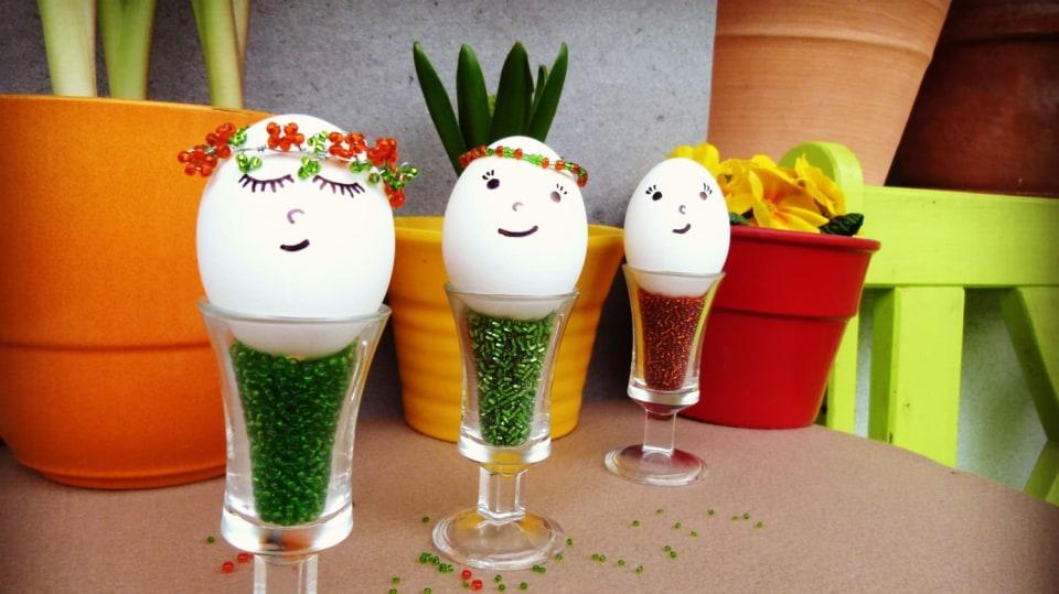 Velikonoční víly s korálkovými věnečky