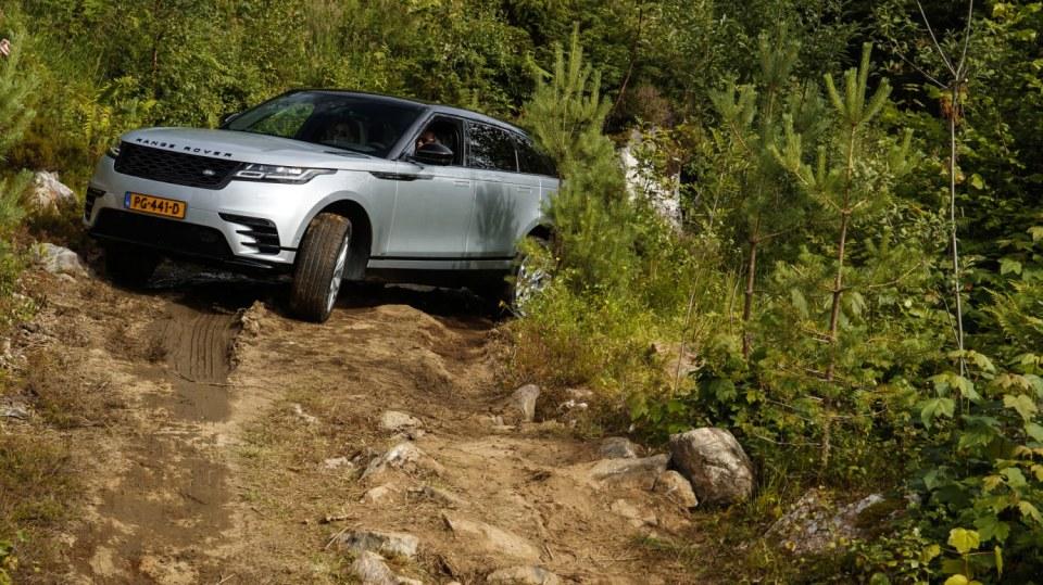 Vyzkoušeli jsme Range Rover Velar. 7
