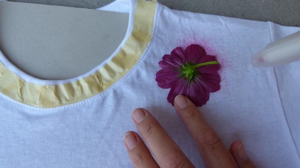 Rozkvetlé tričko aneb Pohrajte si s foukacími fixy 4