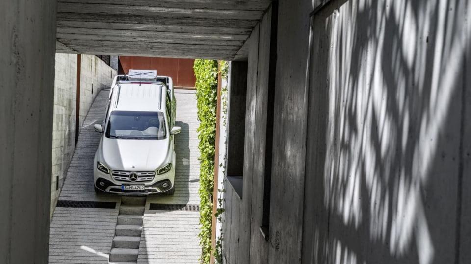 Mercedes-Benz třídy X 9