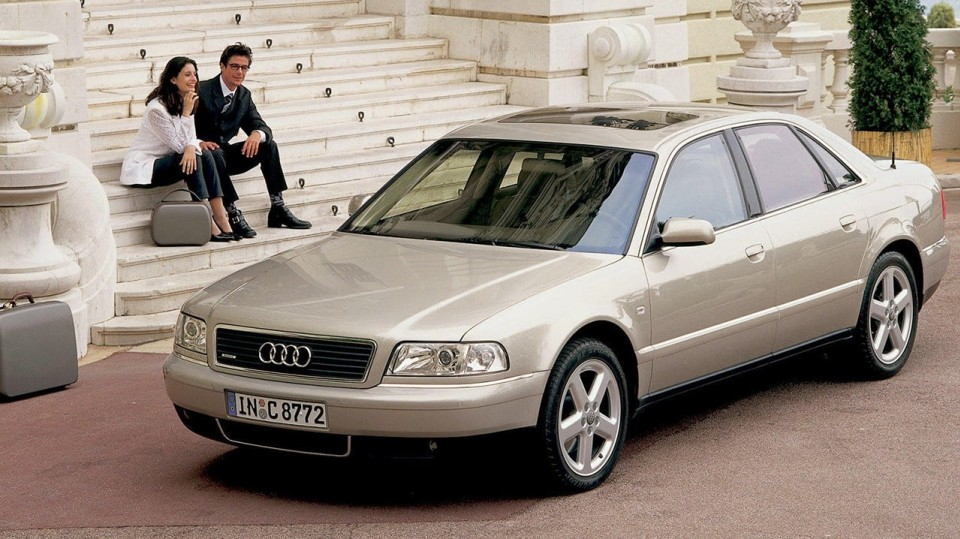 Audi A8 první generace 5
