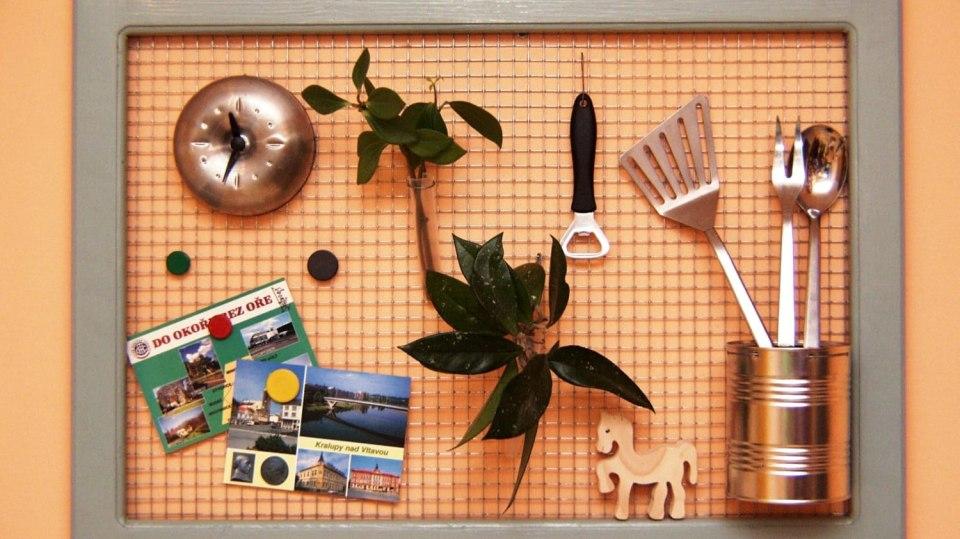 Dekorace DIY: Drátěný závěs na drobnosti