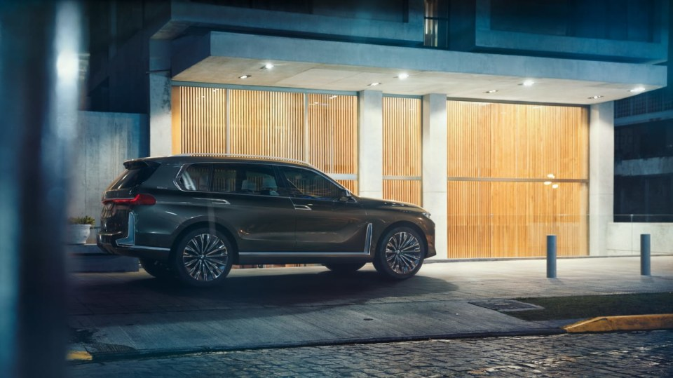BMW Concept X7 iPerformance 7