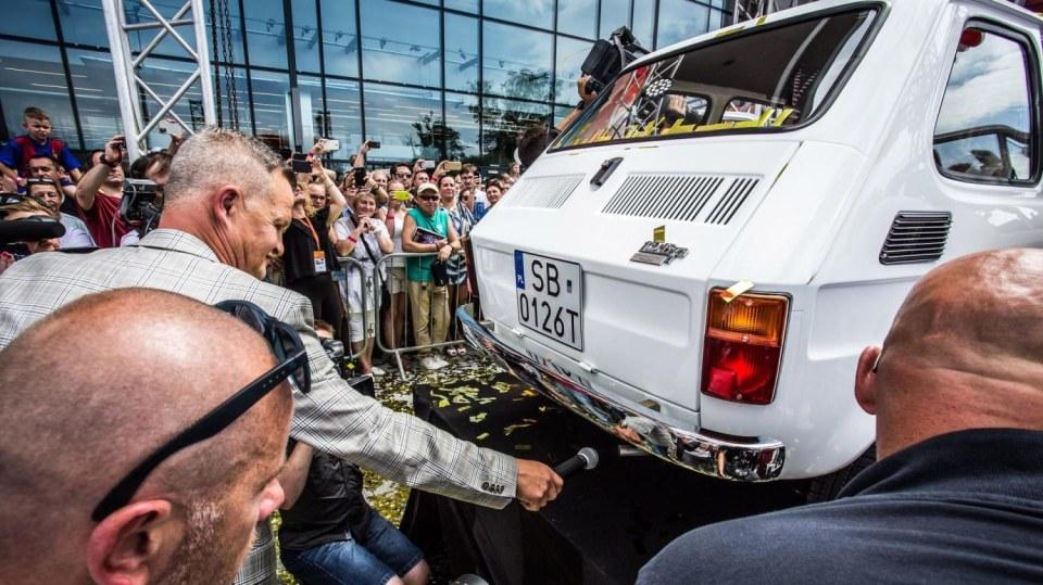Polski Fiat 126p pro Toma Hankse 13