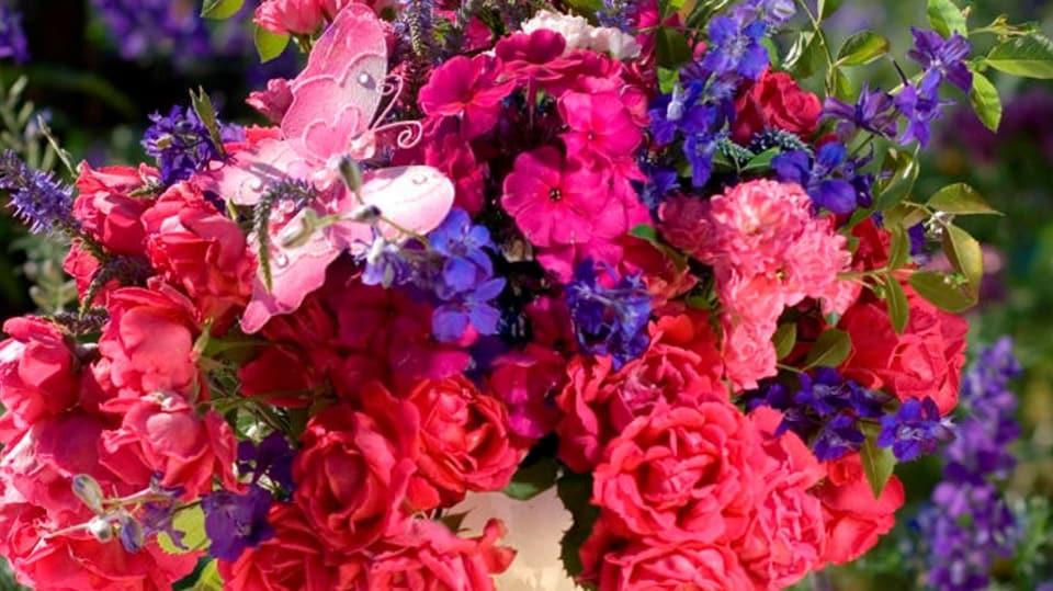 Červencová kytice plná růží: Květy s vůní léta 3