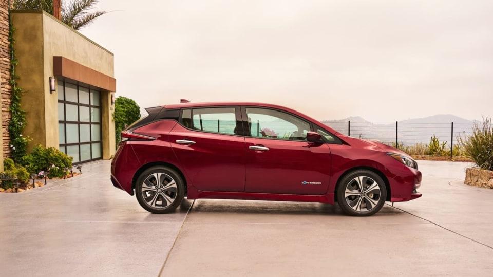 Nový Nissan Leaf je tu. Vypadá dobře a ujede 380 km! 8