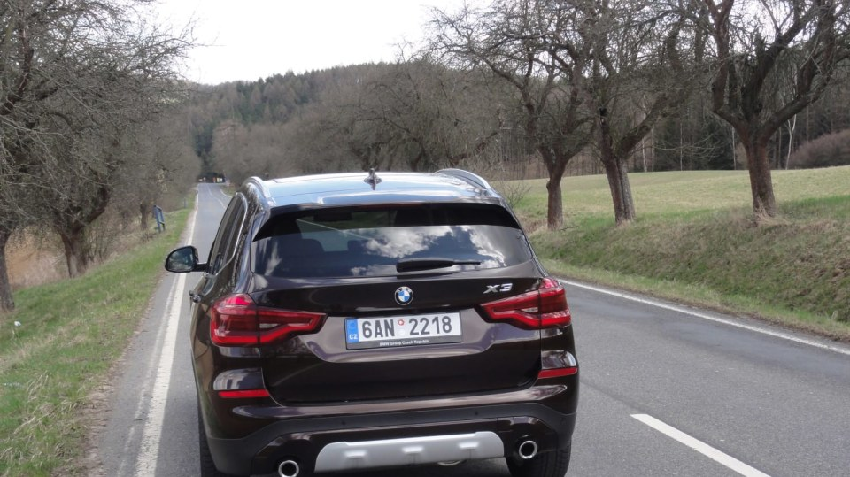 BMW X3 - Šestiválce žijí 2