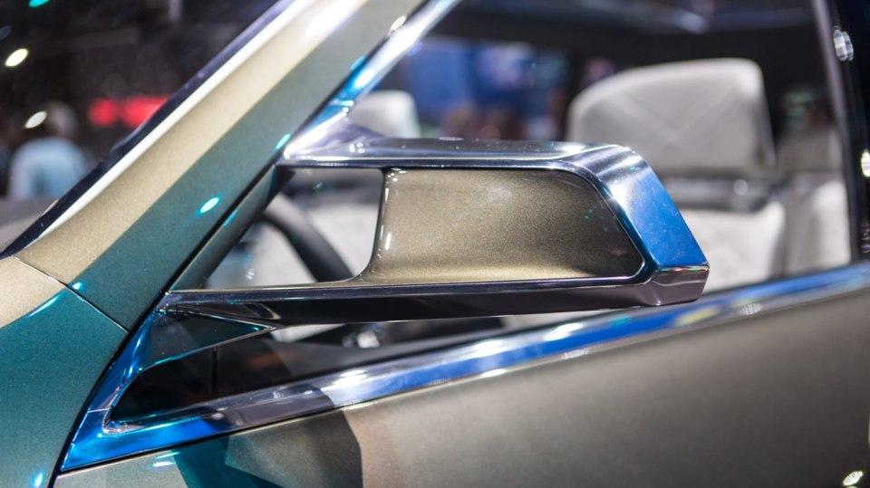 Působivé koncepty BMW na stánku ve Frankfurtu 31