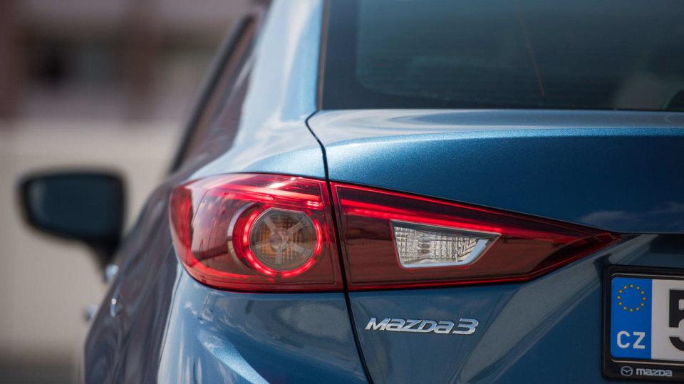 Mazda 3 Sedan po faceliftu 5