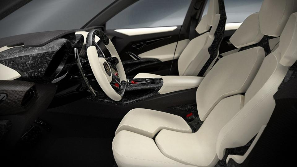 Lamborghini Urus má zaujmout ženy - Obrázek 7