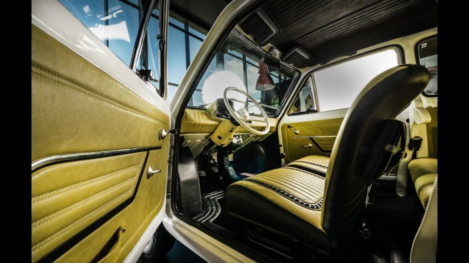 Polski Fiat 126p pro Toma Hankse 5