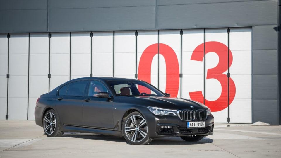 BMW 750Ld je limuzína za 4 miliony 13
