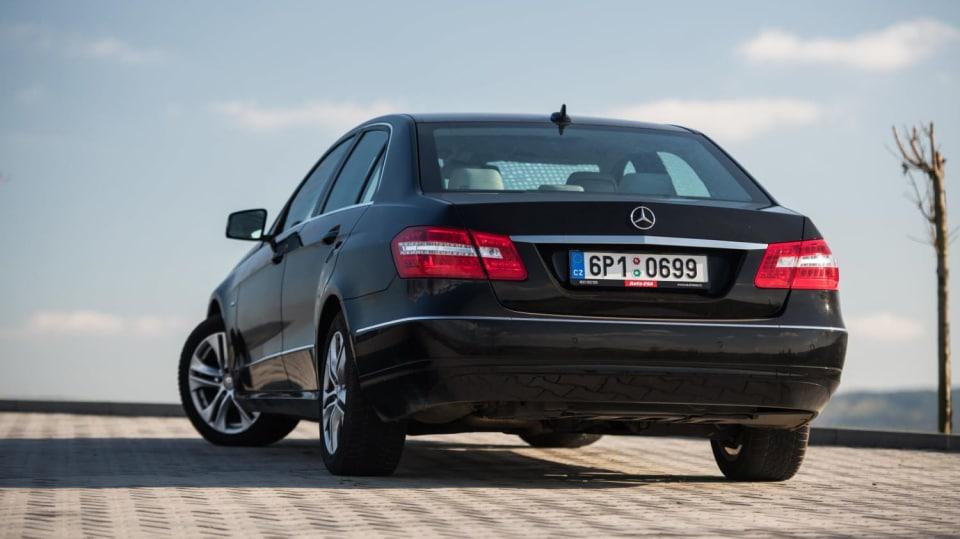 Mercedes-Benz E 220 CDI exteriér 6