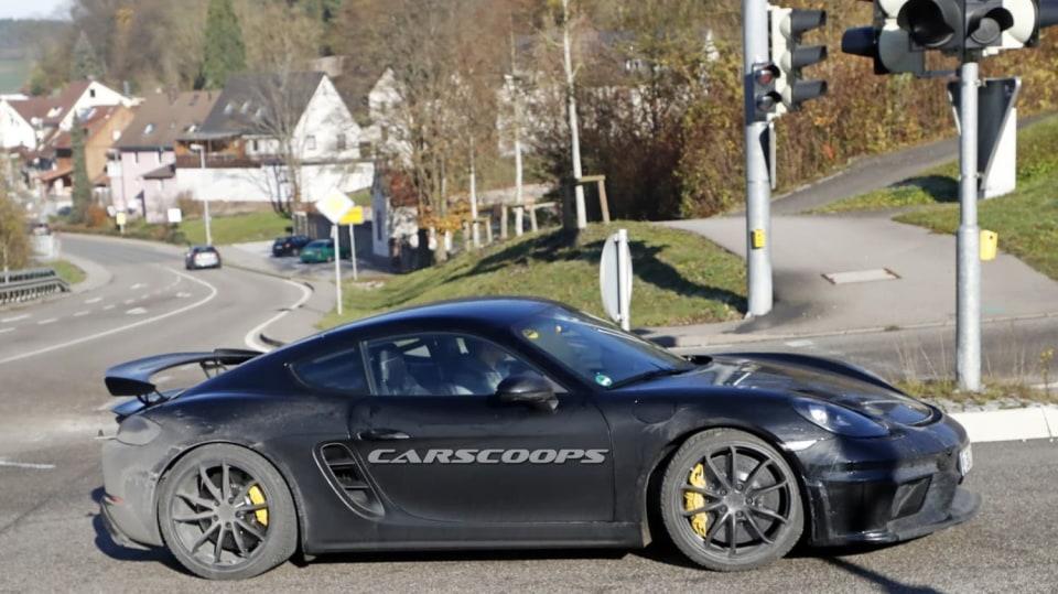 Porsche 718 Cayman GT4 5