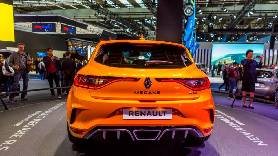 Nejlepší dostupná auta z autosalonu ve Frankfurtu 39