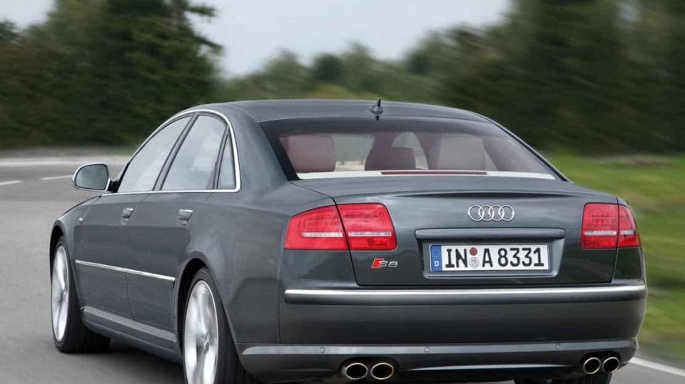 Audi S8 druhé generace 4