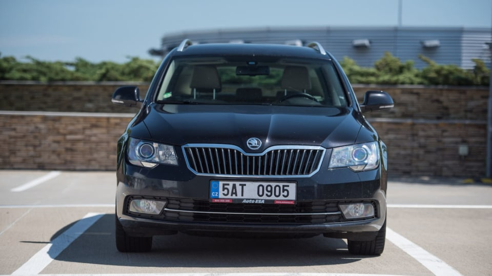 Škoda Superb Combi 2014 2