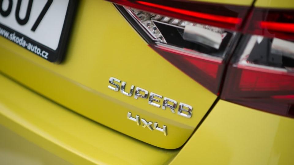 Škoda Superb 2.0 TSI 8