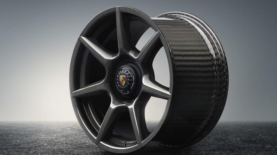 Porsche vyvinulo extrémně lehká a pevná kola. Stojí ale raketu 1