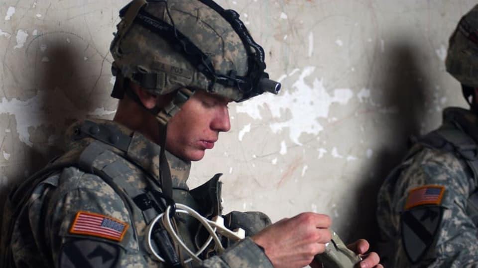 Voják jí
