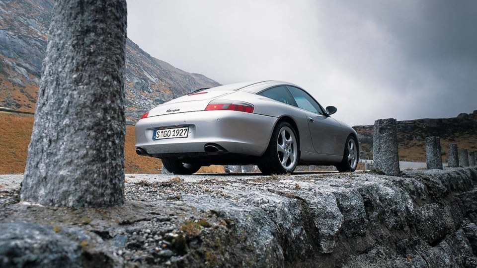 Porsche 911 996 slaví 20 let 2