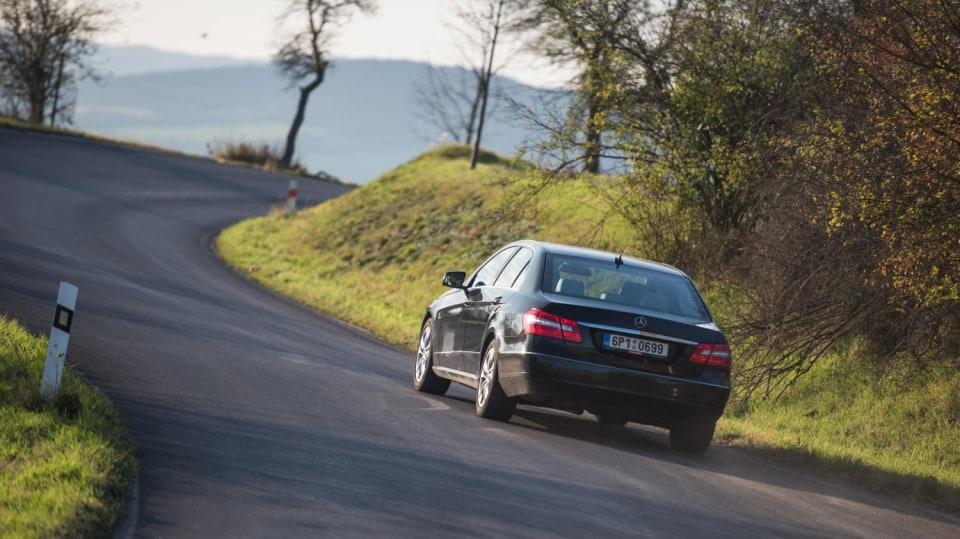 Mercedes-Benz E 220 CDI jízda 10