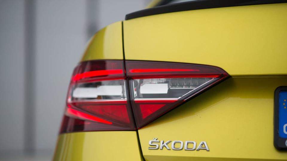 Škoda Superb 2.0 TSI 7