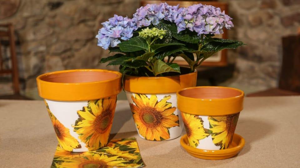 Jak si udělat květináč jako malovaný aneb zázraky s ubrouskem 1