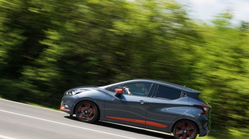 Nissan Micra 0.9 IG-T jízda 3