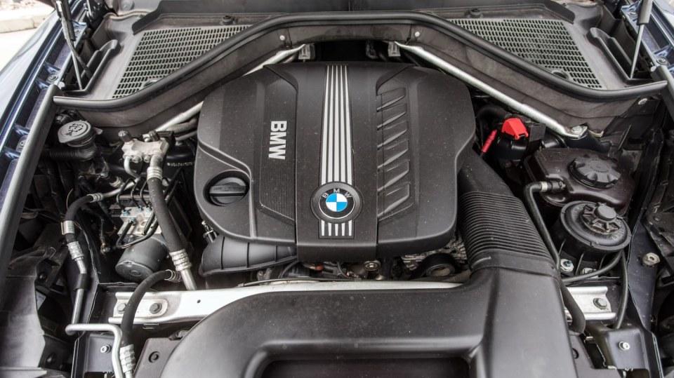 BMW X5 xDrive30d exteriér 15