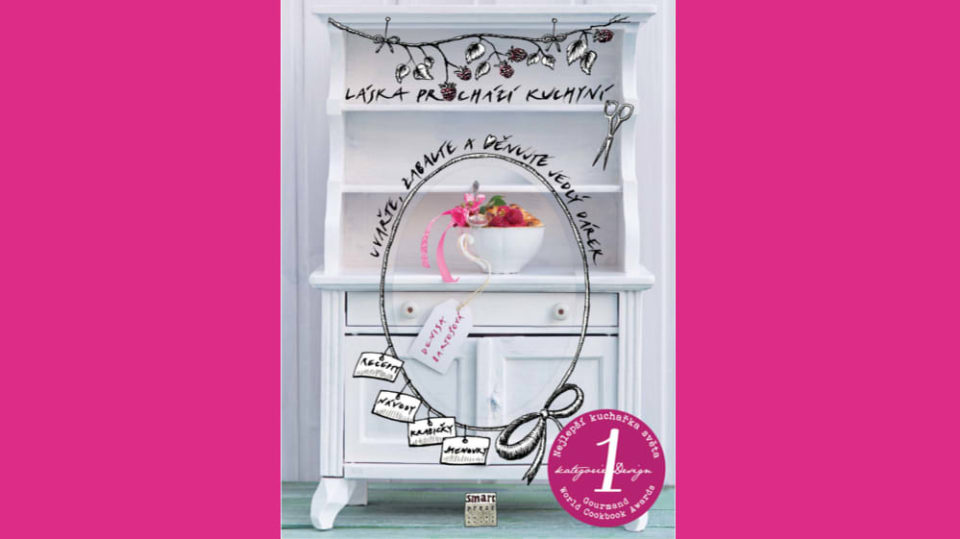 Kniha Láska prochází kuchyní