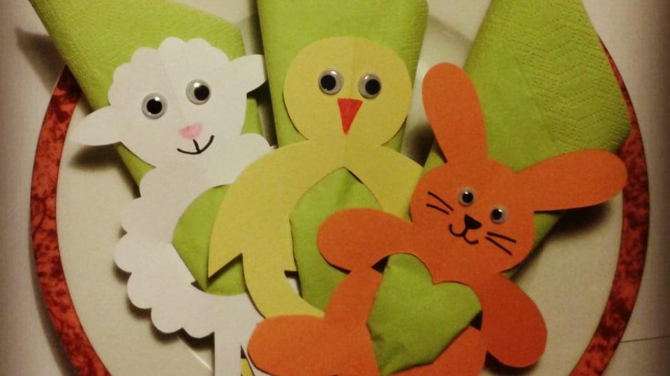 Zvířátka z papíru: Ovečka, zajíček a kuřátko rozveselí dětské jarní prostírání