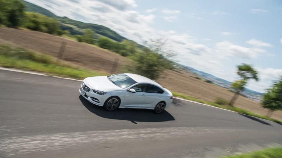 Opel Insignia Grand Sport 2.0 Turbo 4x4 jízda 13