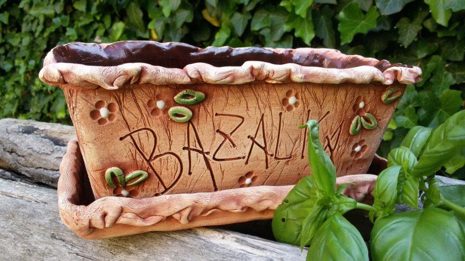 Keramický truhlík na bylinky