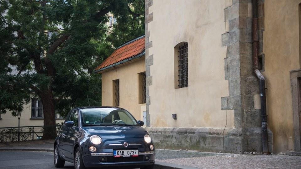 Fiat 500 1.4 16v ve městě 5