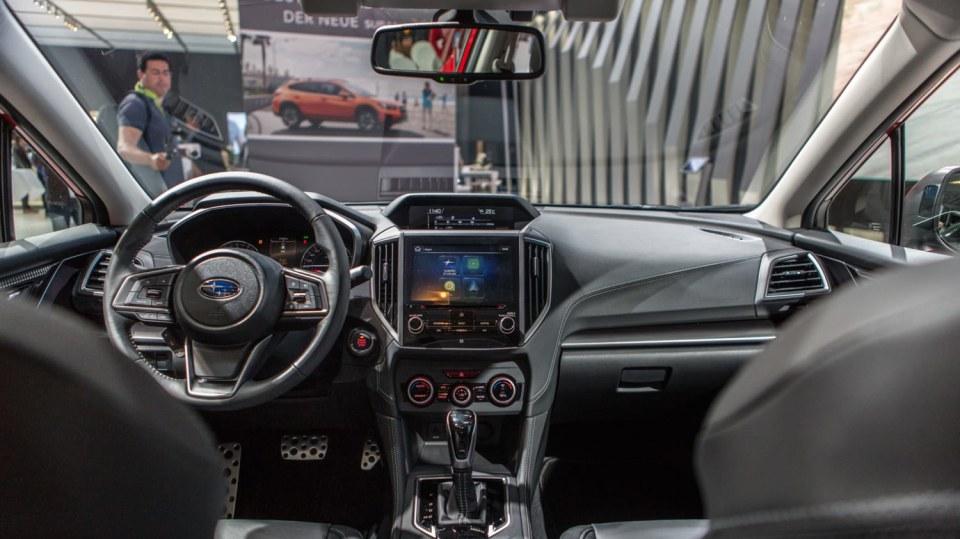 Nejlepší dostupná auta z autosalonu ve Frankfurtu 63